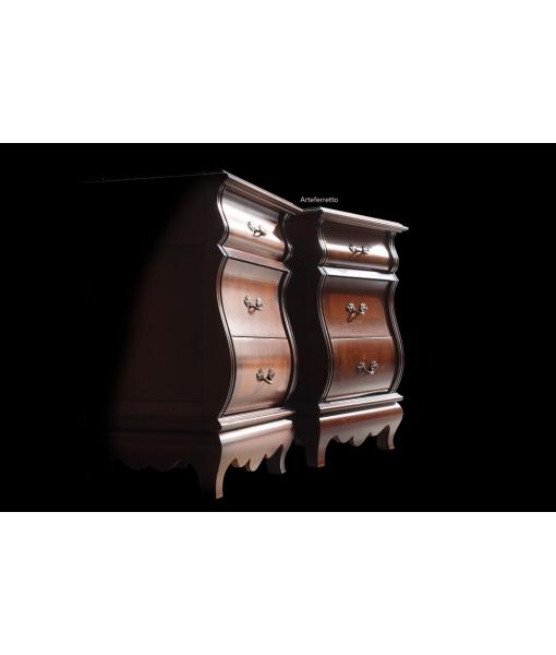 Comodino classico in legno per la camera da letto con intarsio