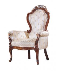 poltrona classica, poltrona, poltrona elegante, legno massello, arredo soggiorno