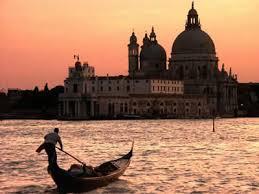 venezia sera tramonto gondola