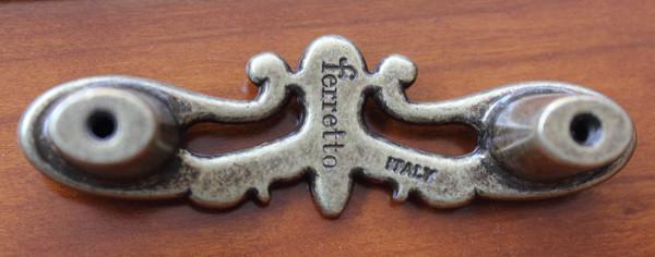 dettaglio retro maniglia firmata Arteferretto