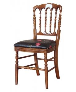 Sedia con elementi torniti e seduta imbottita