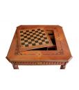 Tavolo da gioco in legno con scacchiera, vista del pannello removibile