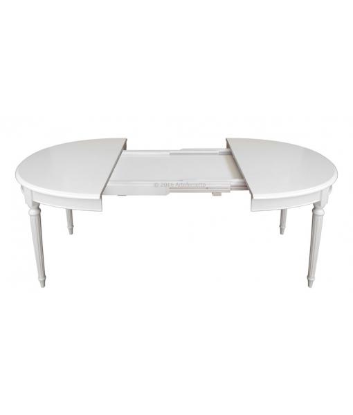 Tavolo ovale in legno da pranzo in fase d'apertura