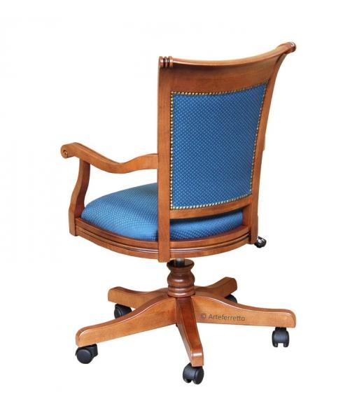 Poltrona classica per ufficio arteferretto for Poltrona scrivania design
