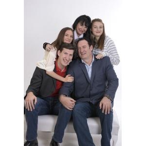 family-1888619_640