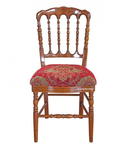 Sedia in legno seduta imbottita e tappezzata