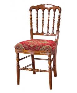 Sedia vintage in legno schienale tornito