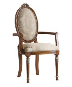 Sedia capotavola classica con braccioli e dettagli argentati