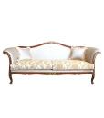 divano, divano tre posti, divano con cuscini, divano stile classico