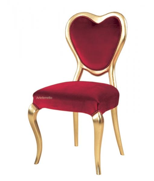 Sedia cuore Valentino in foglia oro e tessuto rosso, Art. VAL-01