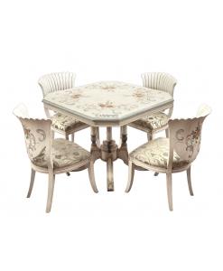 Tavolo e sedie abbinati, sala da pranzo decorata